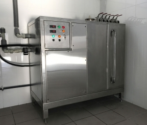 Beer Glycol Chiller - indoor unit with integrated ice water tank